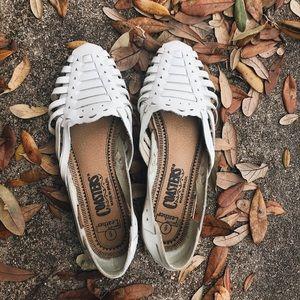 Vintage White Leather Huarache Sandals Sz 6